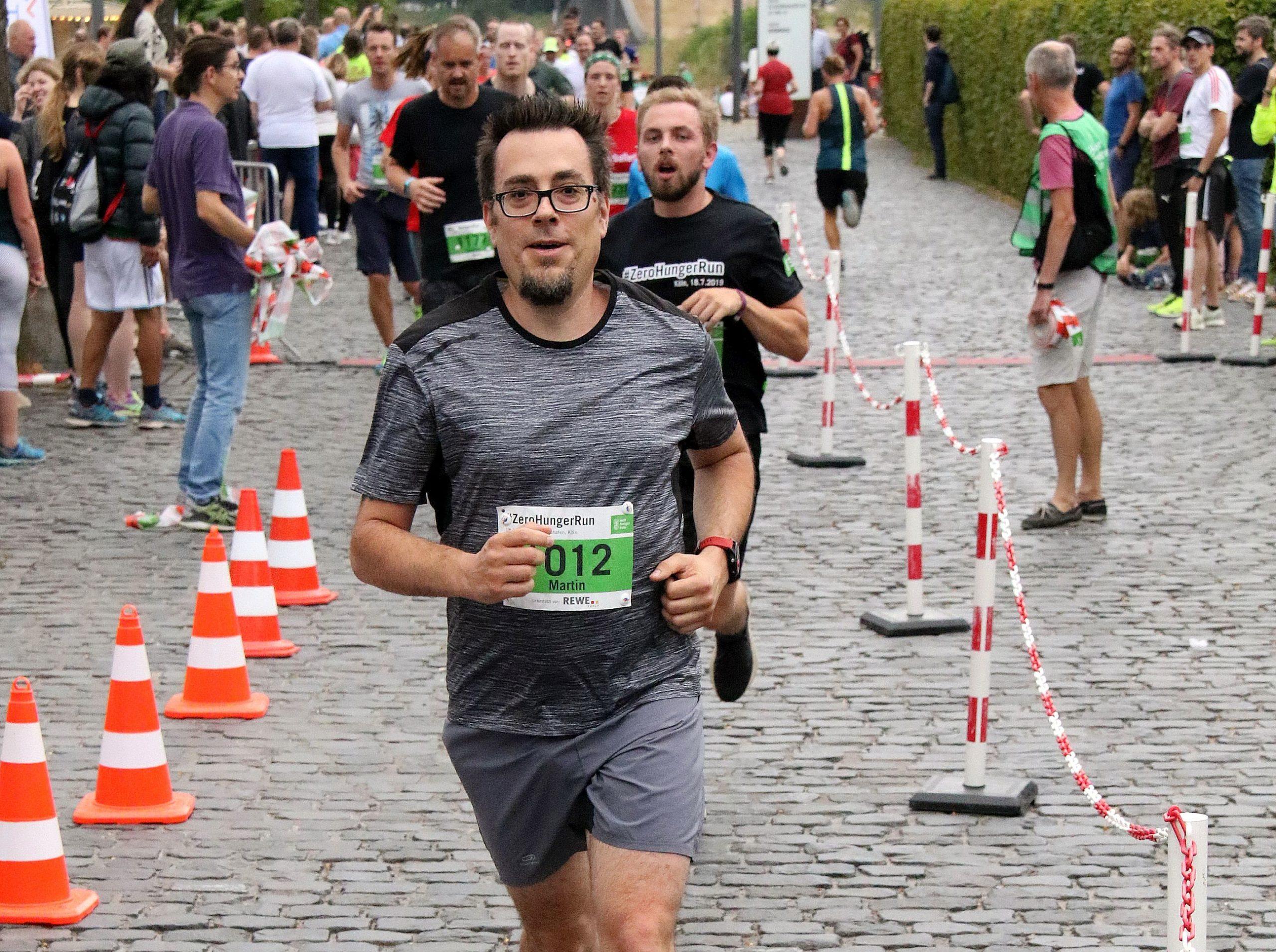 Martin während eines 10 Kilometer-Laufes in Köln